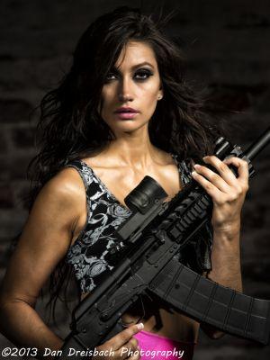 Kristen-Guns-20130629-6092.jpg