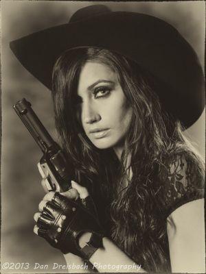 Kristen-Guns-20130629-6150.jpg