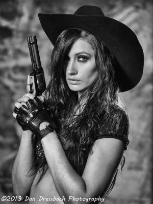 Kristen-Guns-20130629-6158.jpg